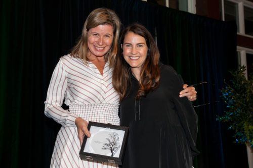Patty Ornst, Managing Director, New York State and Local Government Affairs, Delta Air Lines and NY4P board member, presents the Corporate Champion 4 Sustainability Award to Jennifer Skyler of WeWork