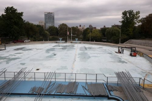 The Lasker Pool will be replaced as part of a $110 million plan to improve Central Park. Credit: James Estrin for The New York Times